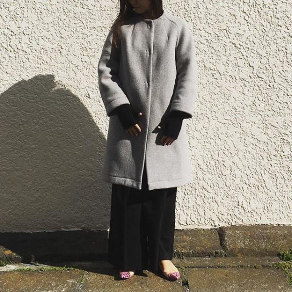 *New item☆*ロンドントラディションのコートが入荷しました。そろそろ出番でしょうか。️*手元にはジョンストン🧤*