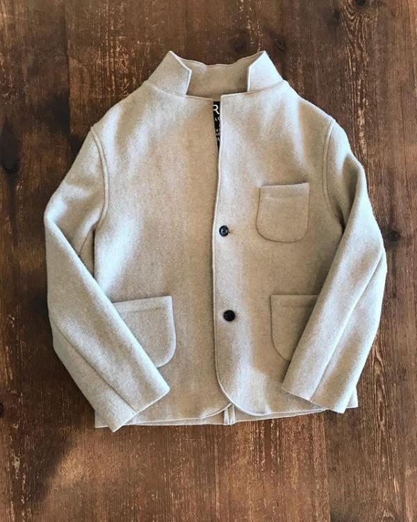 .ウールジャケット.軽くて暖かい...