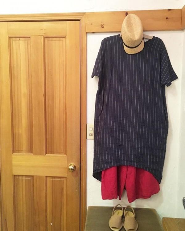 *new item♪**flipts&dobbelsより**麻のワンピース入荷しました。**イージーな麻の赤いパンツに合わせて!**