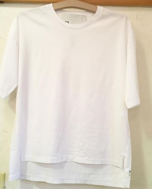 *ticcaよりTシャツが入荷しました。**whiteとblackの2色!**