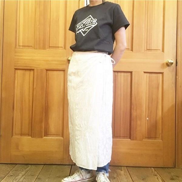 *new item♪**APCのTシャツにvintageレースの巻きスカート!**