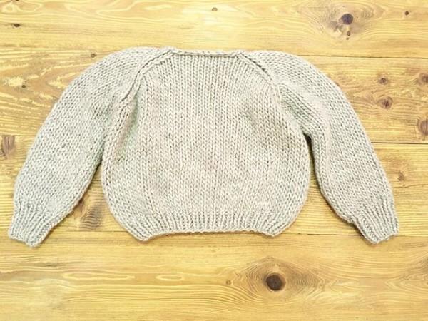 *maiami handニット!ロウゲージで袖の膨らみがポイントになります。