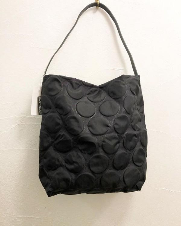 *new item♪ショルダーにもなる軽いbag大きなドットが良いです。***