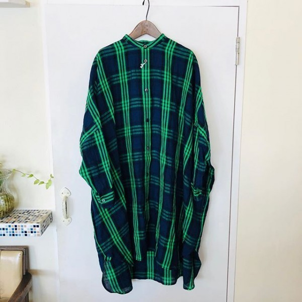 *new item***鮮やかなチェックのビッグシャツです***