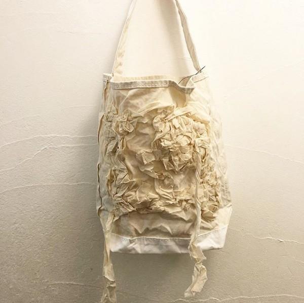 *new item♪**tricot COMME des GARÇONS日本のバッグブランド「テンベア(TEMBEA)」に別注した「バゲットトートです。**
