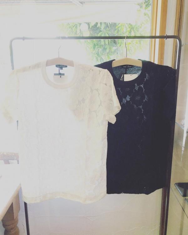 *new item♪..tricot COMME des GARCONS。..光沢のポリエルテルの生地がスポーティな雰囲気。お花の刺繍が女性らしいです。ゆとりがあるウエストは紐で調節できます。pants…¥49000+taxtops…¥23000+tax...