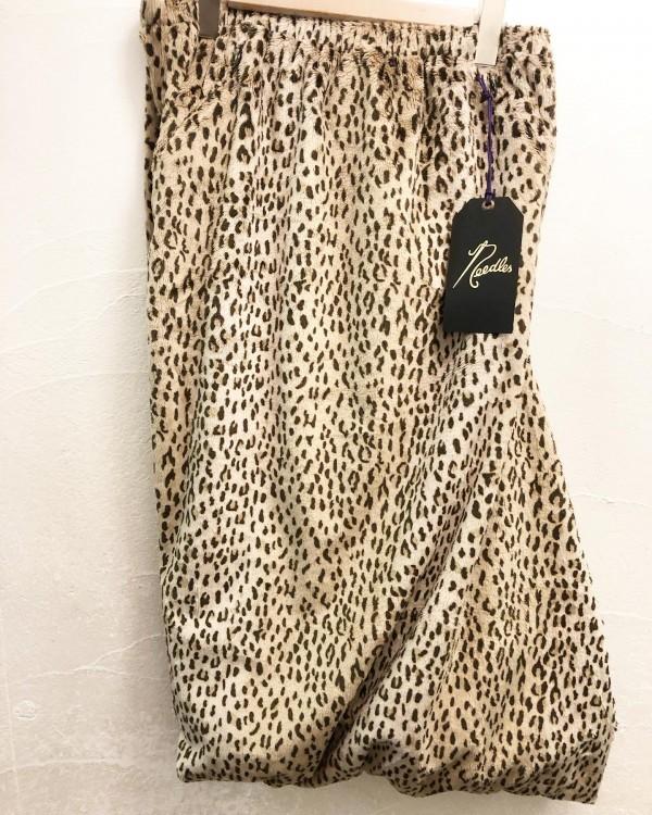 *new item☆..needleより..conti skirt 入荷しました。..pants?skirt?私は好きです。合わせやすい!..¥25000+tax..