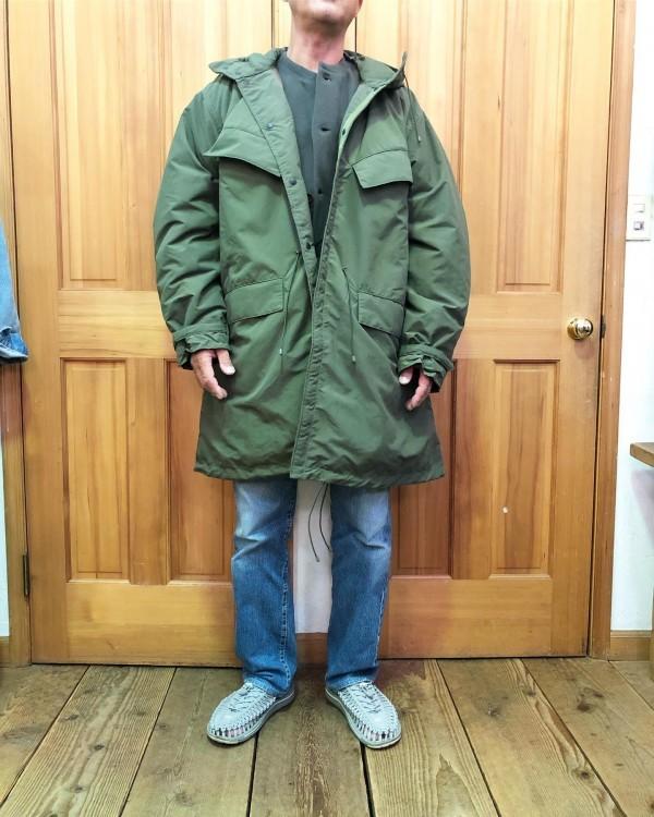 *basisbroekのアウター**中綿が入った軽いコートです。**price ¥36000***
