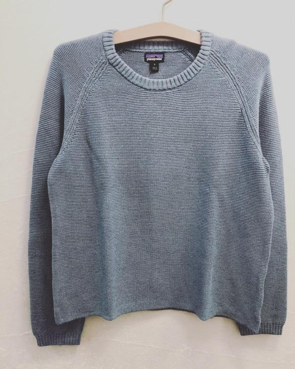 *new item♪**Patagoniaよりcotton Knit入荷着丈とのバランスがとても良いです。春らしいcolourで、薄いブルゾンと合わせてみました。**